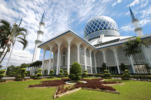 hotel di shah alam