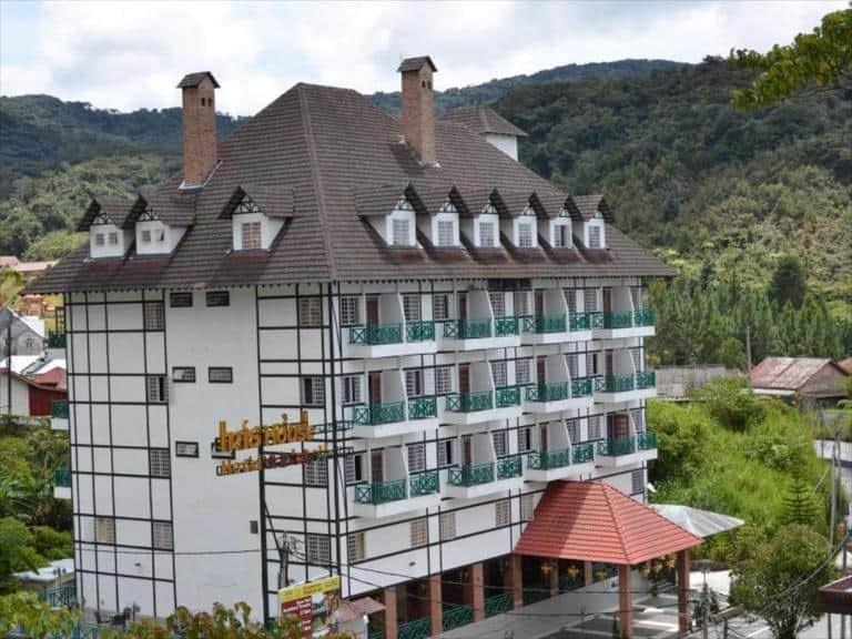 Iris House Hotel