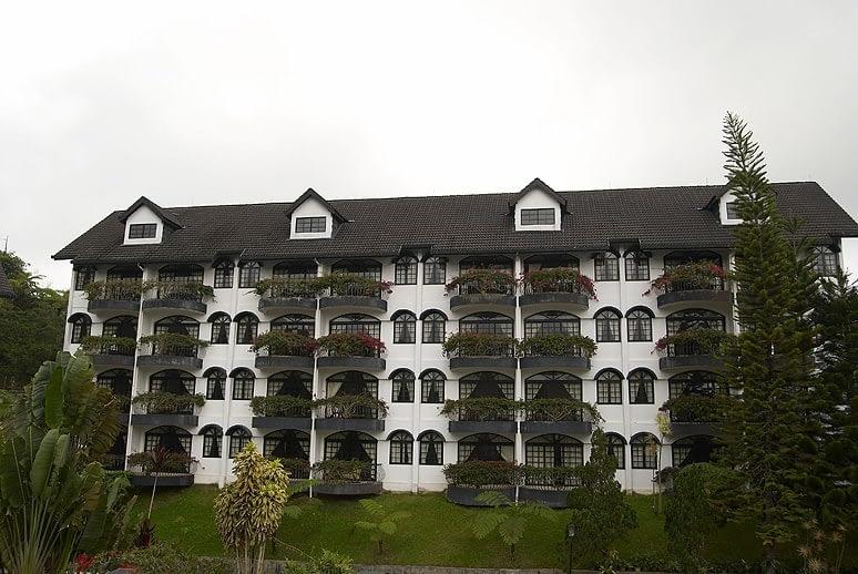 Strawberry Park Resort