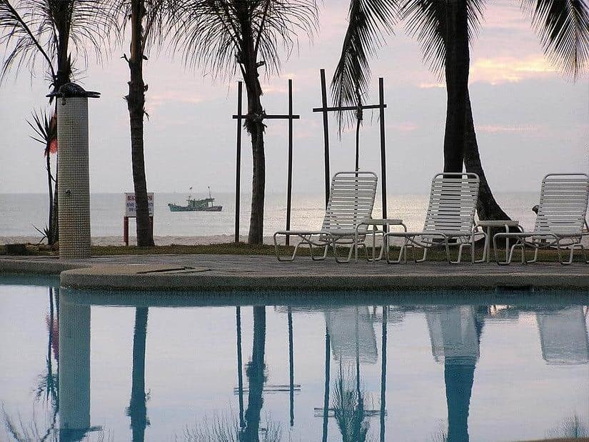 Primula Beach Hotel Terengganu
